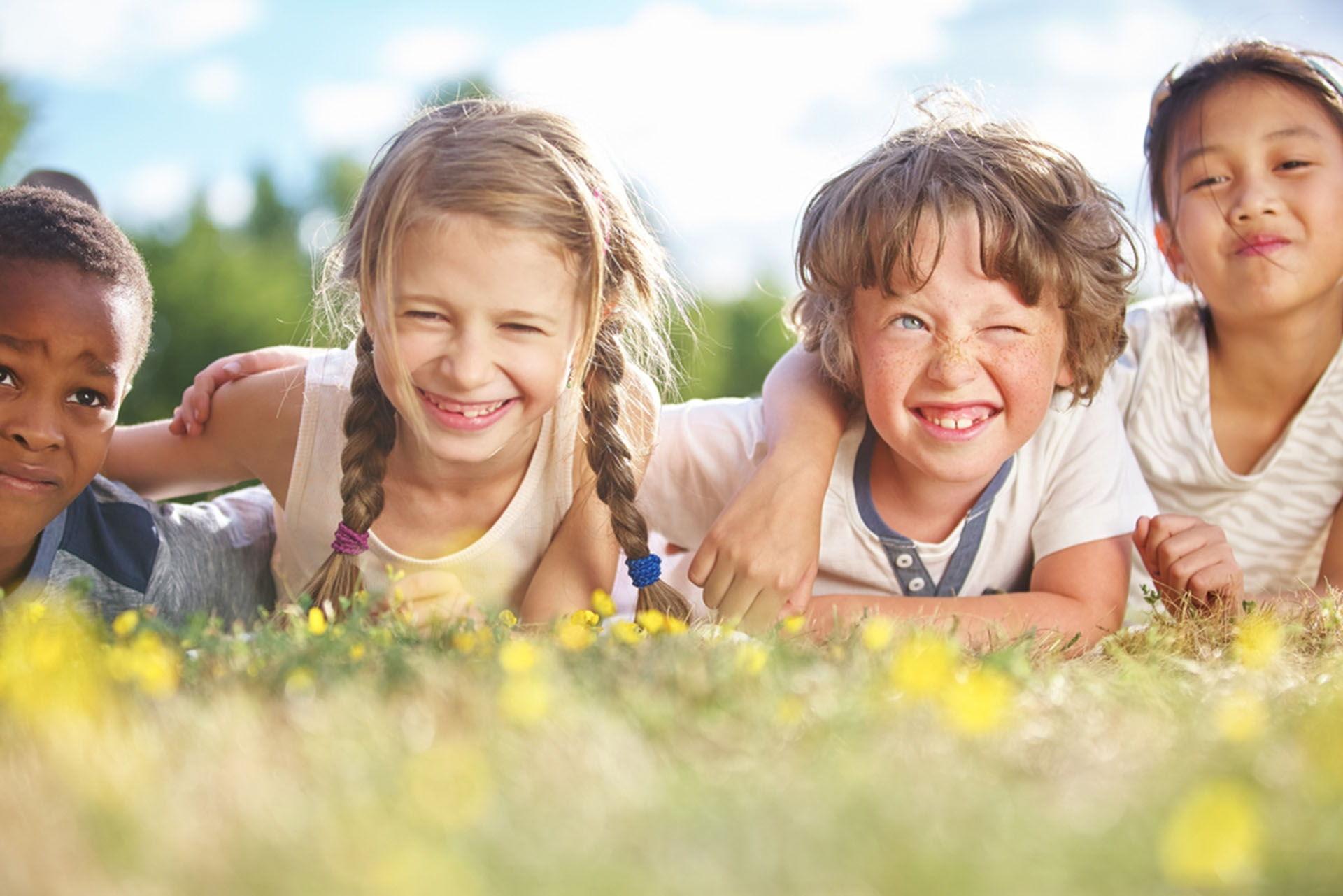 Lustige Kindergeburtstagsfeier feiern im Wildpark Schwarze Berge