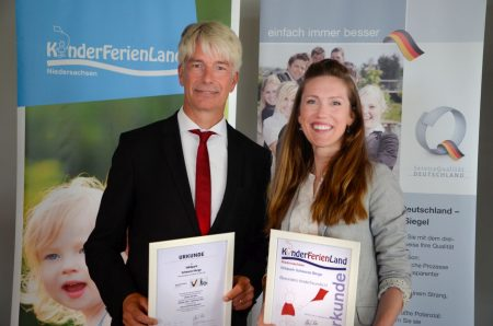Verleihung Zertifikate Wildpark Schwarze Berge