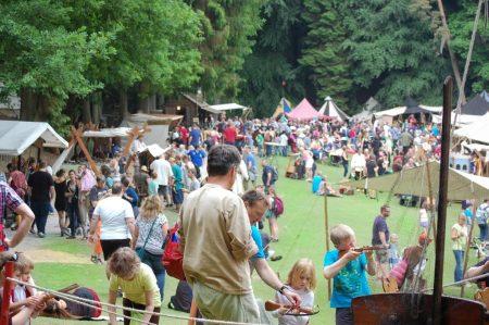 Mittelalter-Spektakel im Wildpark Schwarze Berge2015